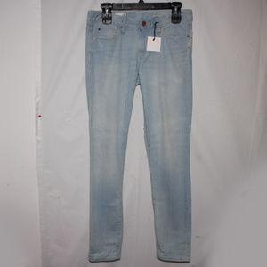 NWT Gap1969 Always Skinny Low Rise Light Wash Jean